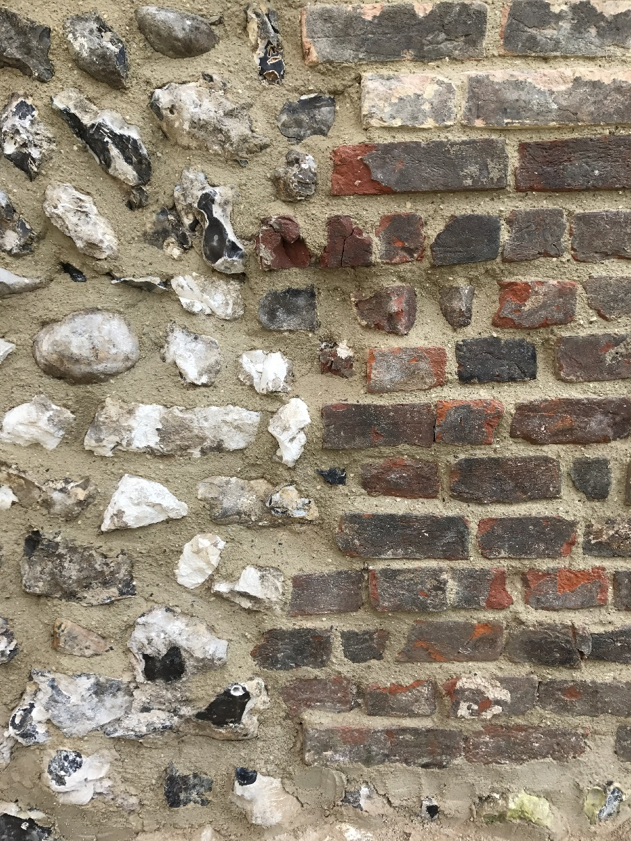 Lime pointing of brick and flint